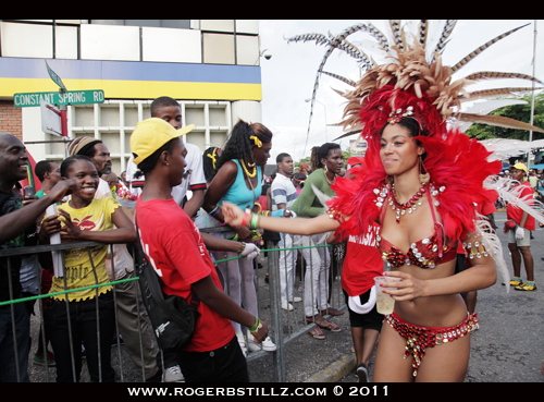 Adventures of Miss Jones http://rogerbstillz.wordpress.com/2011/05/02/jamaica-carnival-2011/